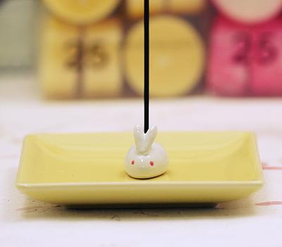 [일본향당] 토끼 향꽂이-노랑 / 불교용품,제사용품,향